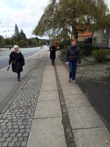 3-women-split-walking